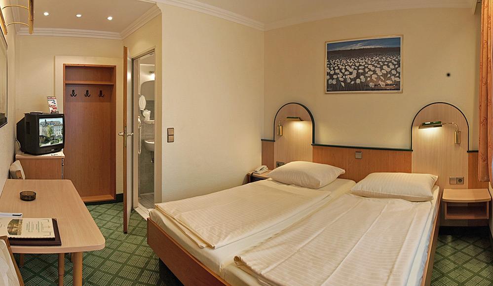 Hotel in bester citylage rosenheim 3 sterne superior for Zimmer 0 studios elda